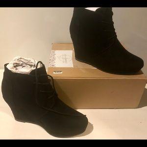 Shi By Journey Women's Microfiber Wedge Heel Boots